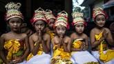Melasti bermakna pembersihan alam semesta Bhuana Agung dan Bhuana Alit.(Photo by Juni Kriswanto / AFP)