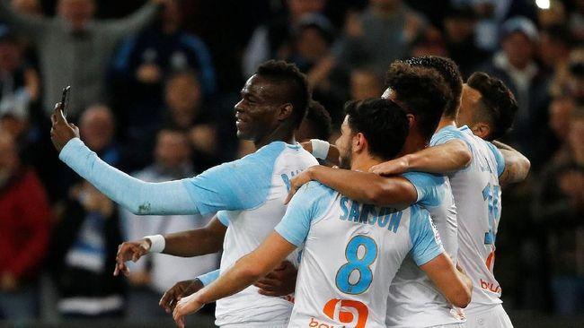 Balotelli Rayakan Gol Salto lewat Instagram