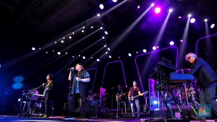 Toto adalah band beraliran rock asal AS, terbentuk pada 1997.