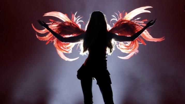 Model Victoria's Secret berpose saat acara  tahunan merek victoria Secret. Reuters/ Mike Segar