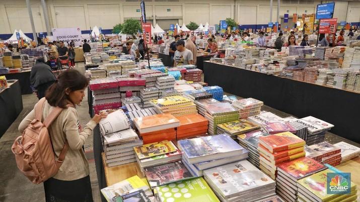 Bazar buku terbesar di Indonesia, Big Bad Wolf (BBW) kembali diselenggarakan untuk yang keempat kalinya.