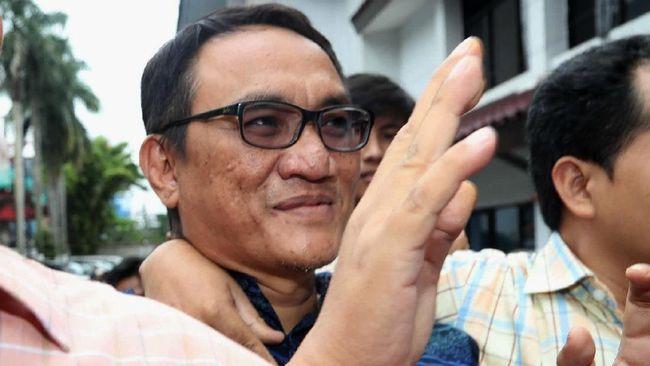 Ungkit Kasus 1998, Andi Arief Desak Mahfud Investigasi Harun