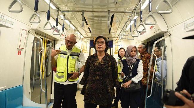 Tarif Wajar, Sri Mulyani Sebut MRT Bisa Saingi Grab dan Gojek