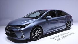 Bedah Fitur Baru di Toyota Corolla Altis
