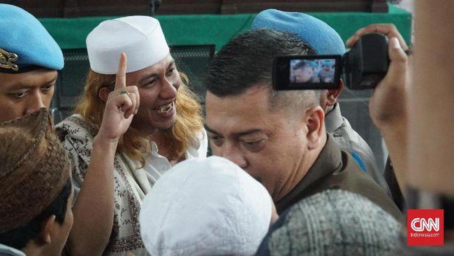 Bahar bin Smith: Sampaikan ke Jokowi, Tunggu Saya Keluar