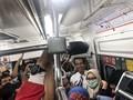Berdesakan Naik KRL, Jokowi Mengaku Dadakan
