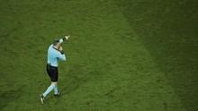 Kejadian Unik, Wasit Cetak Gol di Liga Belanda