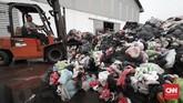 Pabrik milik PT Batu Mas Murni ini memiliki area untuk menyimpan sampah-sampah dari Tempat Pengolahan Sampah Terpadu (TPST) Bantar Gebang, Bekasi dan Tangerang. (CNNIndonesia/Safir Makki).