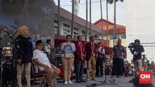 Prabowo Tolak Bernyanyi Selawat dengan Nisa Sabyan di Bandung