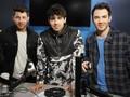 Akhir 'Drama' Jonas Brothers dalam 'Happiness Begins'