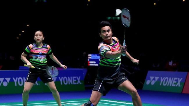 Kekalahan Tontowi Ahmad/Winny Oktavina Kandow membuat Indonesia hanya menyisakan Praveen Jordan/Melati Daeva Oktavianti di sektor ganda campuran pada babak semifinal. (Action Images via Reuters/Andrew Boyers)