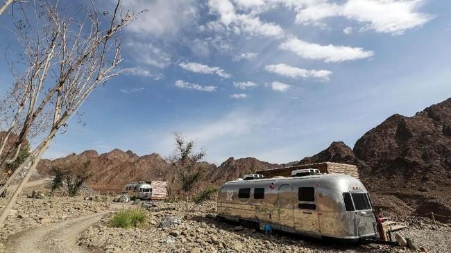 Wisata glamping menjadi sesuatu yang makin digemari di Dubai, Uni Emirat Arab. (AFP/Karim Sahib)