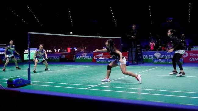 Ni Ketut Mahadewi Istarani/Rizki Amelia Pradipta kalah dari Koharu Yonemoto/Shiho Tanaka dengan skor 16-21 dan 17-21. (Action Images via Reuters/Andrew Boyers