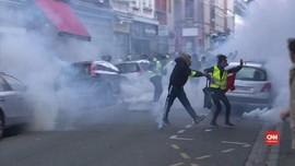 VIDEO: Protes Rompi Kuning Dihadang Aparat
