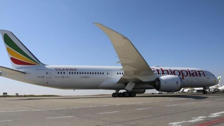 Pada Oktober 2018 lalu, Bpeing 737 MAX 8 milik maskapai Lion Air jatuh di Indonesia, dan Minggu kemarin pesawat yang sama milik Ethiopian Airlines juga jatuh.
