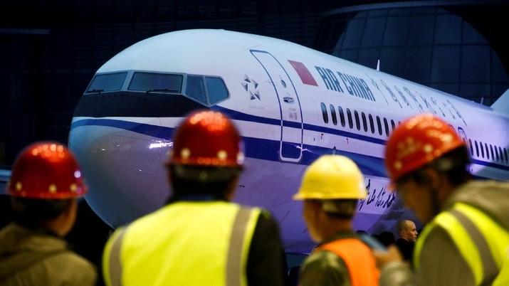 Turunkan Harga Tiket Pesawat, China Pangkas Harga Avtur