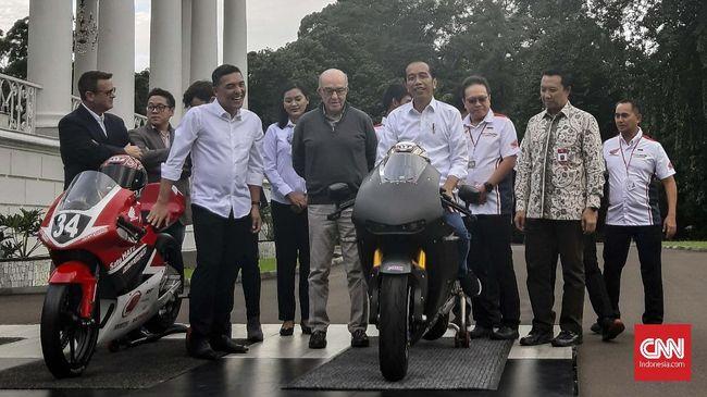 Jokowi Takut 'Tunggangi' Motor Balap Usai Bertemu Bos Dorna