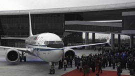 Larangan Terbang Bikin Saham Boeing Kian Amblas