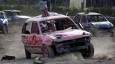 Untuk mengikuti kompetisi ini, mobil harus memiliki panjang kurang dari empat meter bisa ambil bagian. (REUTERS/Darrin Zammit Lupi)