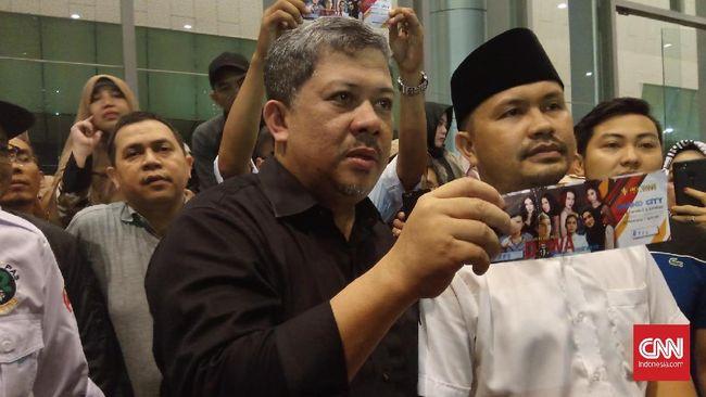 Fahri Tuding Pembatalan Konser Solidaritas Dhani soal Politik