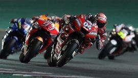 FOTO: Dovizioso Menangi Adu Balap Seru MotoGP Qatar 2019