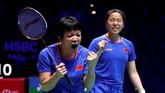 Gelar juara nomor ganda putri dimenangkan oleh ganda China, Chen Qingchen/Jia Yifan yang menaklukkan Mayu Matsumoto/Wakana Nagahara dari Jepang. (Reuters/Andrew Boyers)