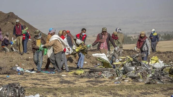 Ini Serpihan Puing & Potongan Memori dari Ethiopian Airlines