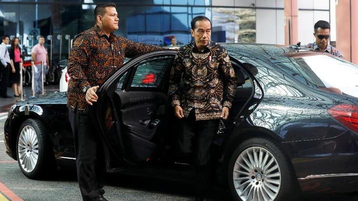 Jokowi mengatakan investor ramai-ramai datang ke Indonesia. Namun, apa yang terjadi, realisasi investasi tak sebanding dengan apa dilihat.