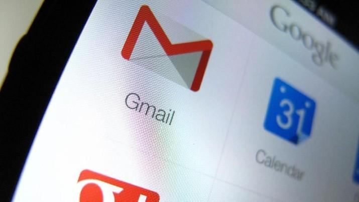 Penggunaan Gmail, layanan email milik Google ini banyak digunakan karena berfungsi vital untuk bekerja, mengirim tugas kuliah, dan lain sebagainya.