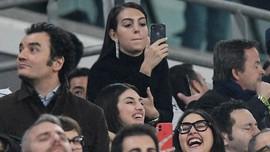 Air Mata dan Pesan Emosional Georgina Usai Ronaldo Hattrick