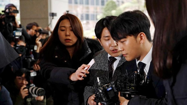 Giliran para wanita buka suara soal skandal seks Seungri dan kawan-kawannya. Mereka mengkritik budaya Korea yang justru menyalahkan wanita.