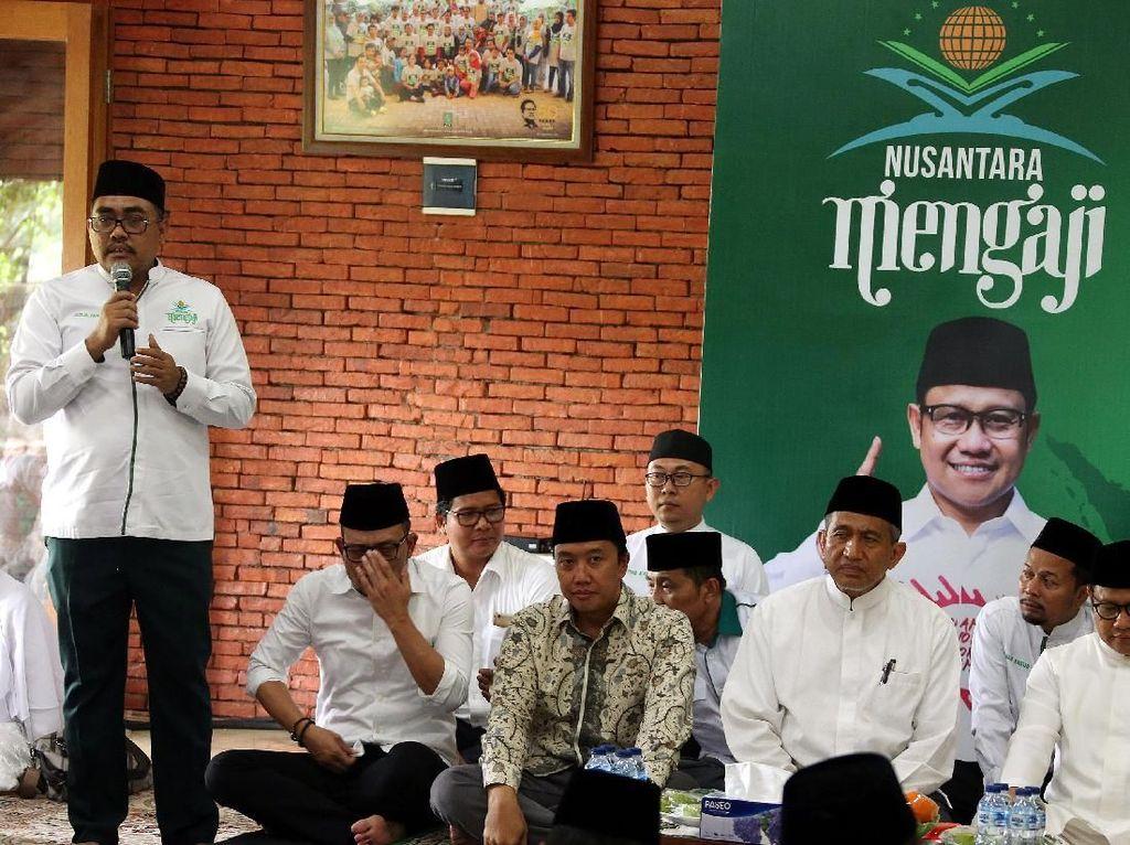 Riyadhah agar bangsa Indonesia terhindar dari anasir-anasir jahat yang hendak mengoyak persatuan dan kesatuan bangsa.