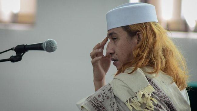 Istri Bahar bin Smith: Penjemputan Suami oleh Ratusan Polisi