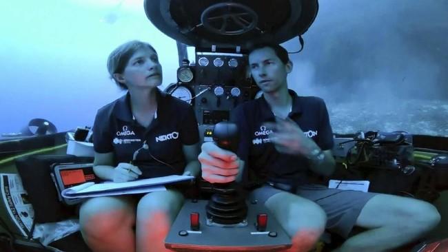 Alih-alih menggunakan kabel, streaming video siaran langsung bawah laut ini dilakukan dengan teknik transmisi optik. Gambar dikirim secara optik menggunakan gelombang elektromagnetik. Teknologi ini diharapkan bisa mengirim gambar dari kedalaman 300 meter.(Nekton via AP)