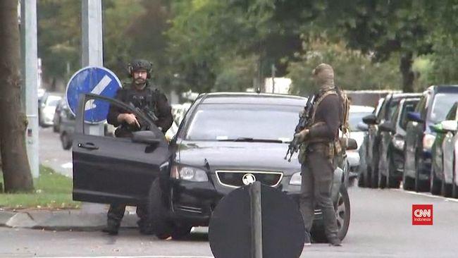 Video Penembakan Di Masjid Selandia Baru Wallpaper: VIDEO: Saksi Ceritakan Penembakan Di Masjid Selandia Baru
