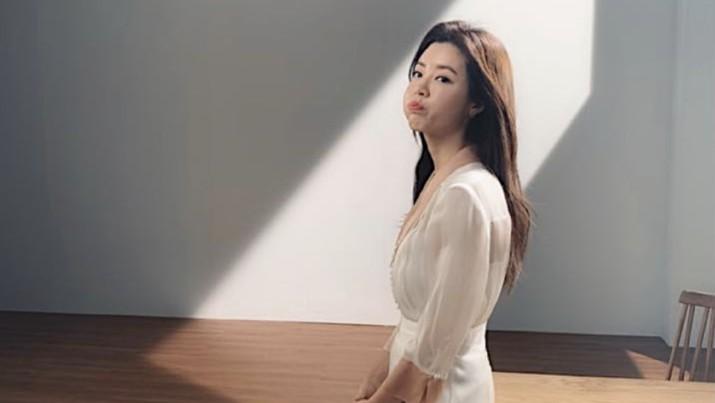 Suami Terseret Kasus Seungri, Ini Respons Park Han Byul