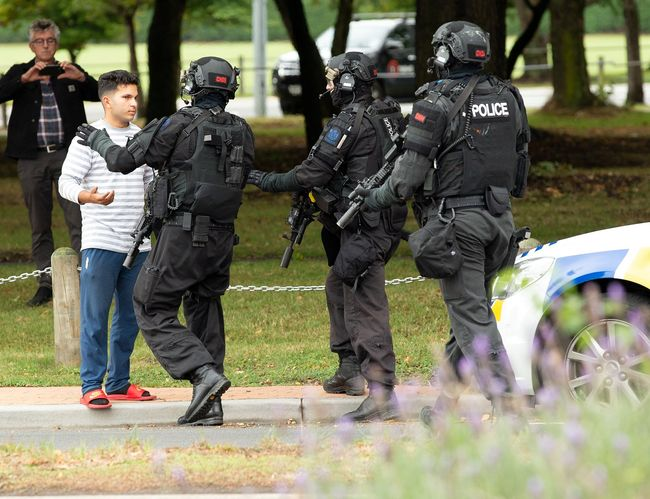 Penembakan Masjid Di Selandia Baru Wikipedia: Enam WNI Berada Di Lokasi Penembakan Masjid Selandia Baru