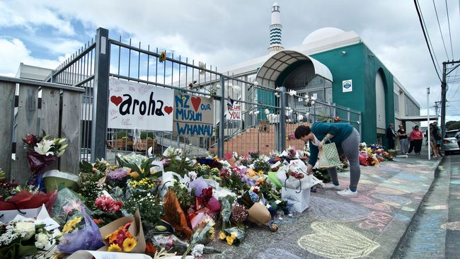 Penembakan Masjid Di Selandia Baru Wikipedia: FOTO: Simpati Selandia Baru Buat Korban Penembakan Masjid