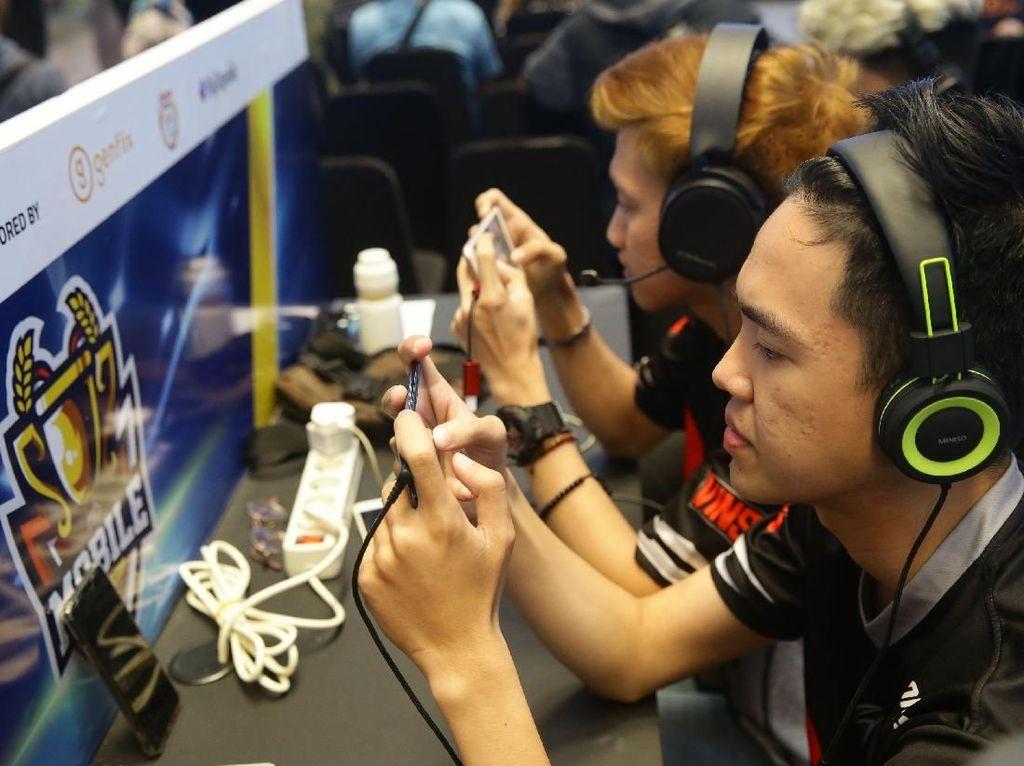 Karenanya, Esports bisa menjadi wahana bagi anak-anak muda Indonesia untuk mengharumkan nama bangsa.