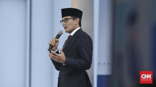 Sandiaga Uno juga menyebut akan menurunkan jumlah pengangguran. Dia menargetkan penurunan hingga 2 juta pengangguran. (CNN Indonesia/Andry Novelino).