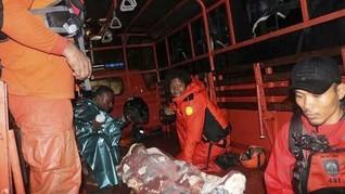 Basarnas Evakuasi 36 Korban Banjir di Kendari
