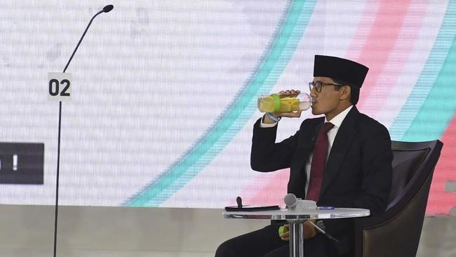 Sandiaga Uno juga menyinggung soal penciptaan lapangan pekerjaan. Dia menyebut program OK OCE yang pernah ia terapkan di DKI Jakarta saat jadi wakil gubernur, dapat menciptakan lapangan pekerjaan dengan skala nasional. (ANTARA FOTO/Wahyu Putro A).