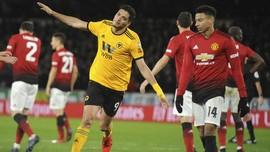 FOTO: Man United Tersingkir, Man City Menang Kontroversial