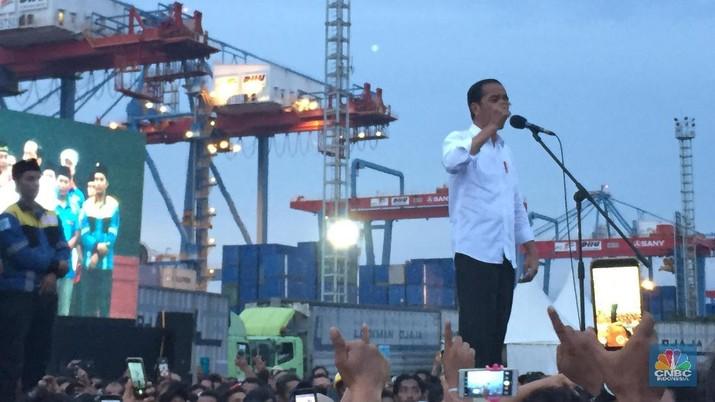 Presiden Jokowi berulang kali mengemukakan kegeraman terhadap defisit transaksi berjalan (Current Account Deficit/CAD).