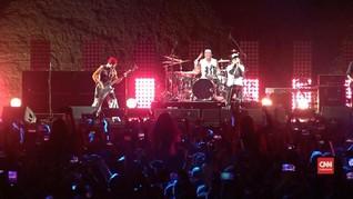 VIDEO: Red Hot Chili Peppers 'Guncang' Piramida Mesir