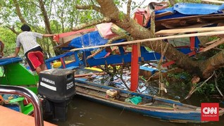 <i>Speedboat</i> Tabrak Kayu di Sungai Musi, Tujuh Tewas