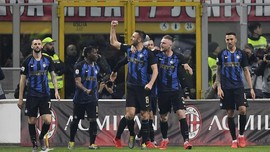 FOTO: Inter Kalahkan Milan 3-2 Dalam Derby Panas