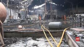 VIDEO: Gudang Kemasan Air Mineral Terbakar