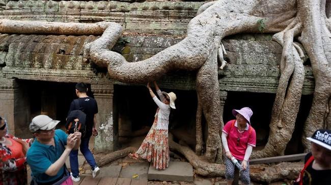 Pada 1992, UNESCO memasukkan candi ini dalam Situs Warisan Budaya.(REUTERS/Samrang Pring)