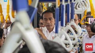 Jokowi Bareng Menteri Kabinet Kerja dan Anies Jajal MRT